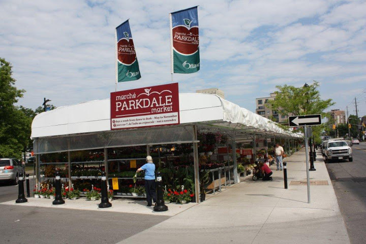 OutFront-Portable-Solutions-Parkdale-Market-01