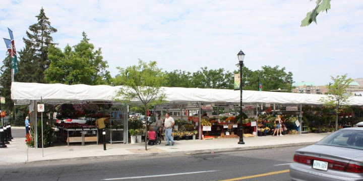 OutFront-Portable-Solutions-Parkdale-Market-02